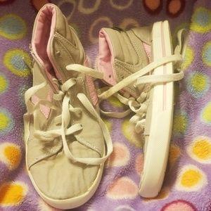 air speed footwear